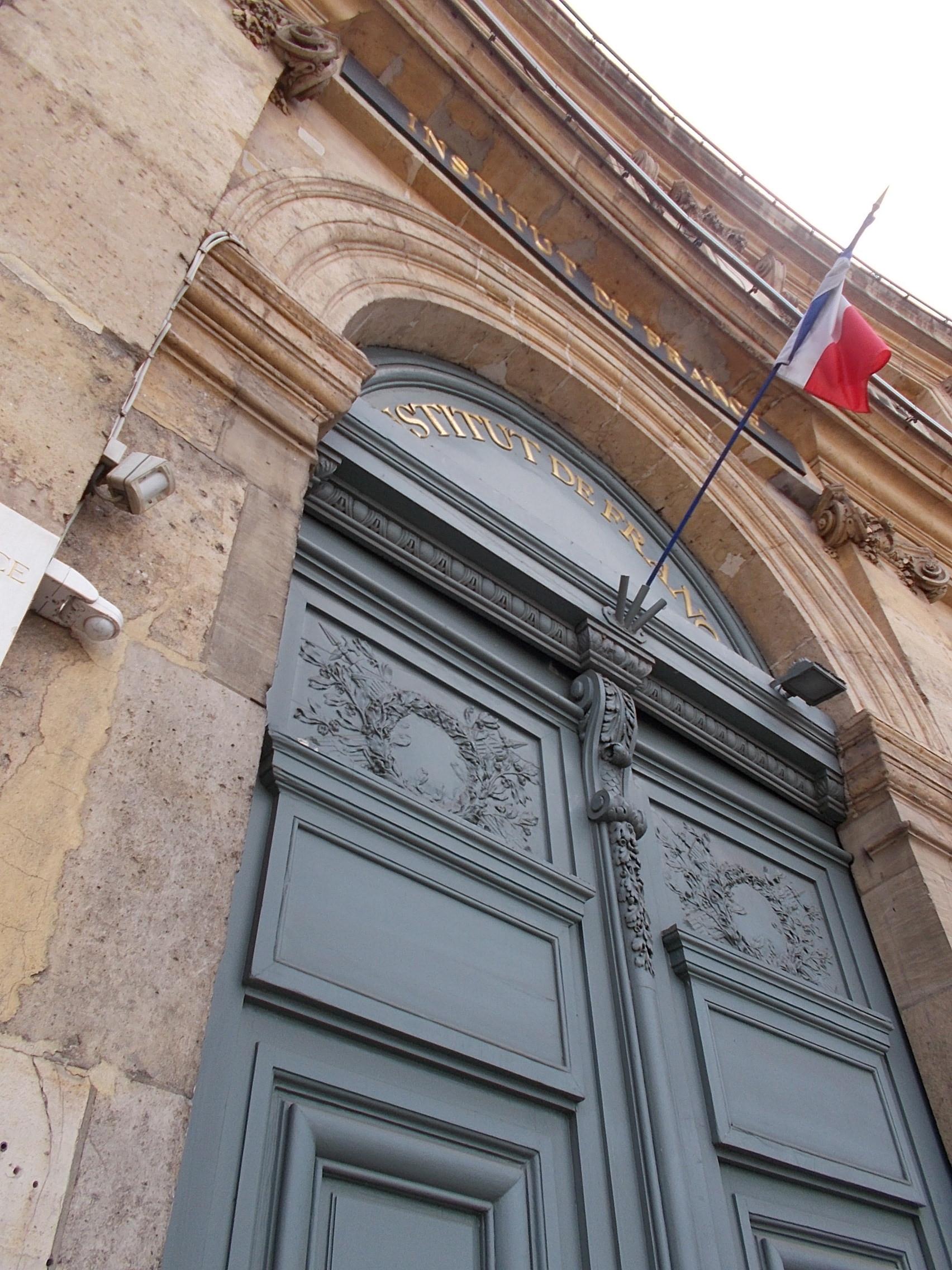 PARIS MISSION TOP SECRET